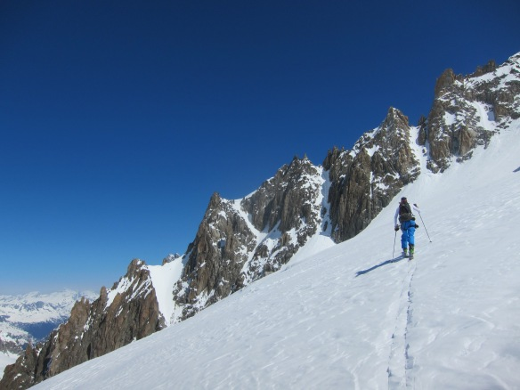 Heading over to the Noire, Which couloir to climb??? 2nd from left!