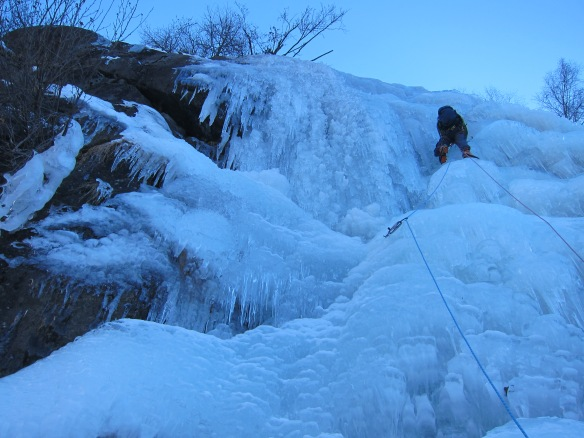 On a fun, if not slightly hollow vauge gully in the middle of the crag. Photo Ally Hurst.