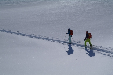 Liz and Ross on thier way up to the Trappier Couloir