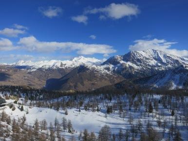 Low Snow but good views.
