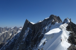 A couple of guys on the Rochfort Arete