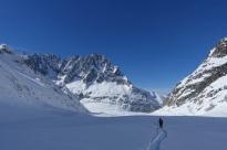 Heading down the Glacier Leschaux